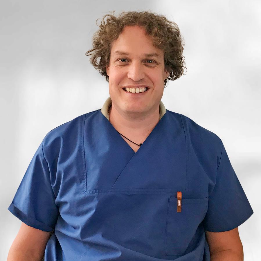 Dr. Fleischmann